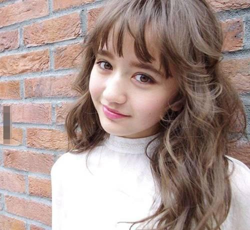 12岁日俄混血模特儿,超梦幻长相